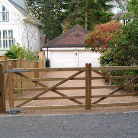 New Driveway and Gates in Sevenoaks